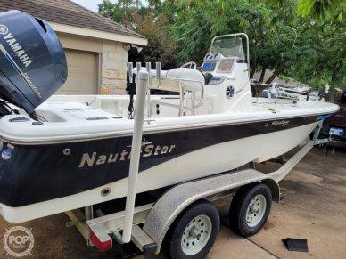 2014 Nauticstar 214 XTS Shallow Bay