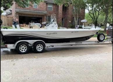 Blue Wave 2400 pure bay, 2400, for sale - $43,900