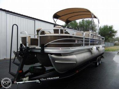 Sun Tracker 24 DLX Fishin' Barge, 24, for sale - $49,900