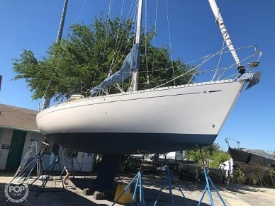 Dufour 35 Classic, 35, for sale - $59,900