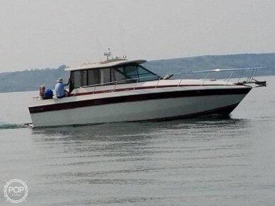 Chris-Craft 333 Commander Sedan, 333, for sale - $19,900