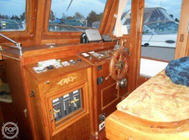1979 CHB 38 Double Cabin - #2