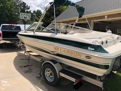 Boat includes trailer