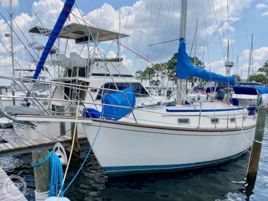 Island Packet IP31, 31, for sale - $61,200