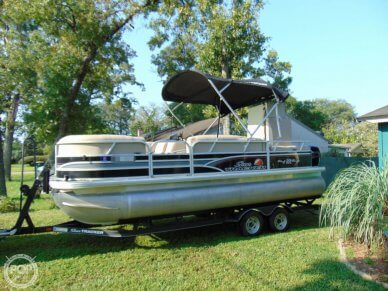 Sun Tracker 22 DLX Party Barge, 22, for sale - $32,250