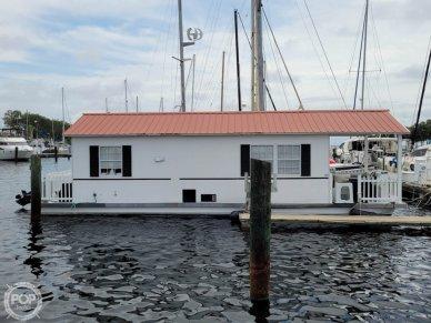 2007 Catamaran Cruisers 42x12 Aqua Lodge - #2