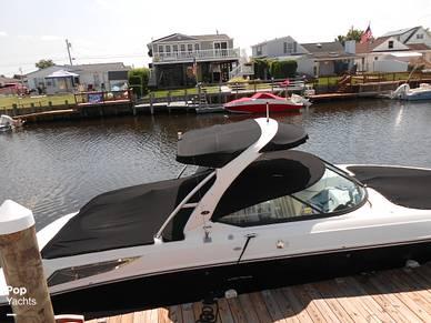 2010 Sea Ray 300 SLX - #2