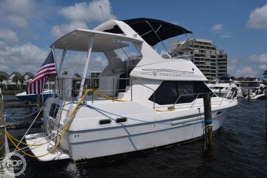 Bayliner 3587, 3587, for sale - $94,500