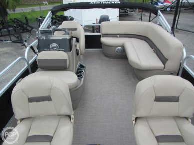 Captain's Chair, Cockpit Seating, Console Bait Well Seat, Pedestal Seats