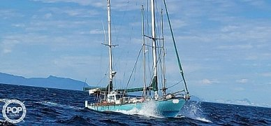 Blue Water 38 Ingrid, 38, for sale - $83,400