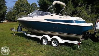 Maxum 2300SCR Port Side