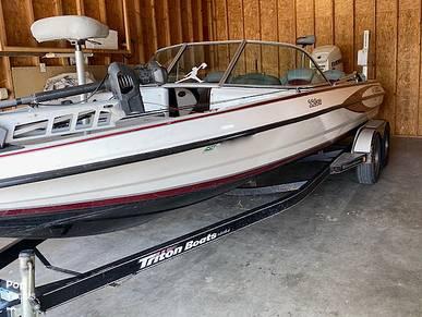 Triton 220 SF, 220, for sale in Arizona - $30,600