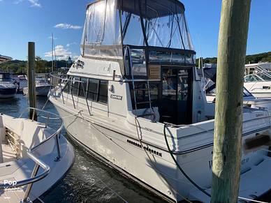 Carver 2827 Voyager, 2827, for sale - $22,900