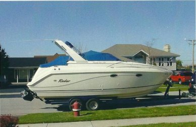 Rinker 270 Fiesta Vee, 30', for sale - $27,500