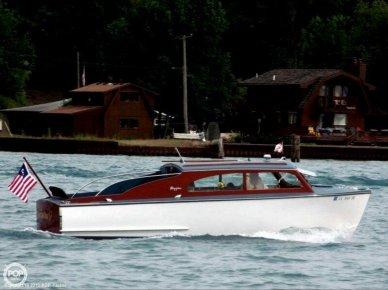 Higgins Deluxe Sedan Cruiser, 26', for sale - $67,500