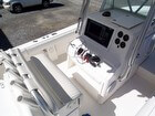 2005 Regulator 32 FS Center Console - #2