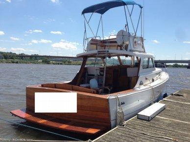 Egg Harbor 37 Express Flybridge, 37', for sale - $25,000