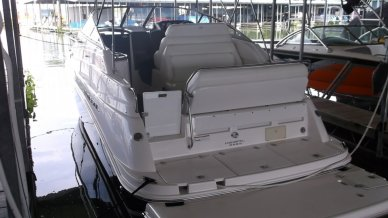 Regal 2665 Commodore, 29', for sale - $60,000