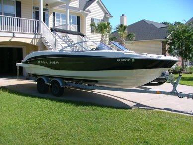 Bayliner 235 Bowrider, 22', for sale - $37,900