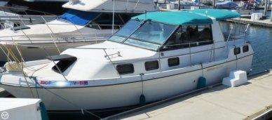 Carver 2807 Riviera Aft Cabin, 28', for sale - $7,500