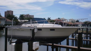 Tiara 2700 Open, 30', for sale - $17,000