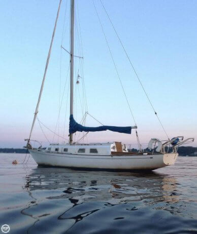 Bristol Yachts 34, 33', for sale - $12,000