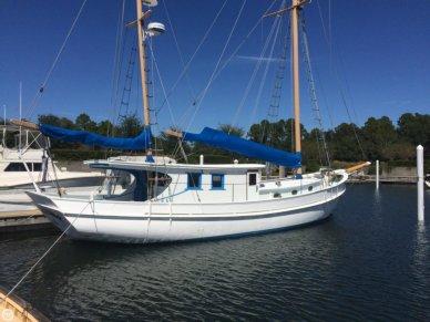 Corsair Custom 48 BREEZE, 57', for sale - $139,900