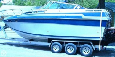 Celebrity 266 Crownline, 26', for sale - $18,500