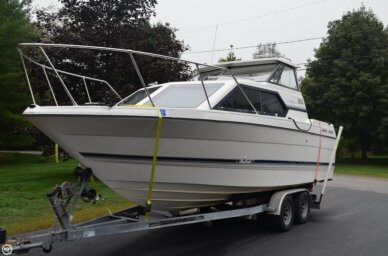 Bayliner 2452 Ciera Express, 23', for sale - $18,500