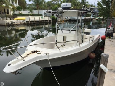 Robalo R230, 24', for sale - $24,500