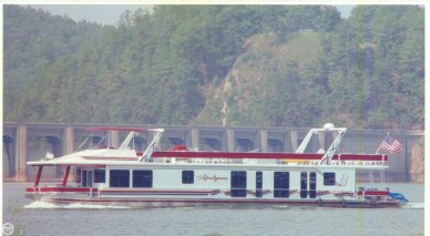 Sumerset 90, 90', for sale - $207,000