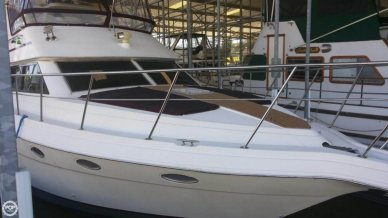 Cruisers 3950, 39', for sale - $77,800