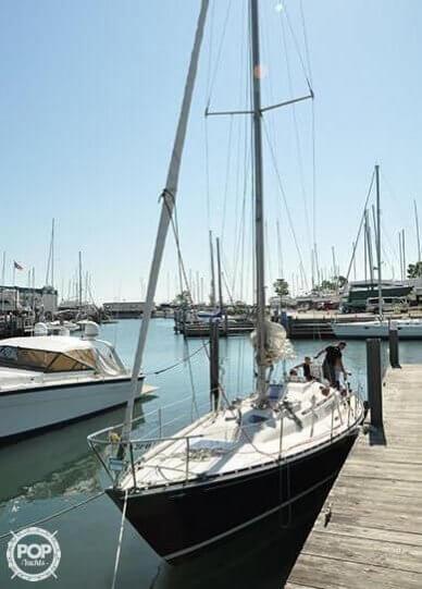 C & C Yachts 39, 39', for sale - $22,000