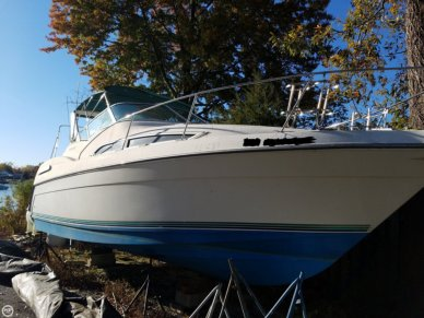 Carver 310, 31', for sale - $21,000