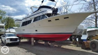 Bluewater 5300 Sedan MY, 52', for sale - $89,900