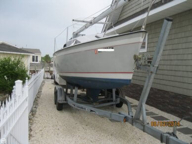 O'day 240 LE, 24', for sale - $15,000
