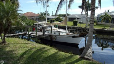 Formosa 37, 45', for sale - $34,000