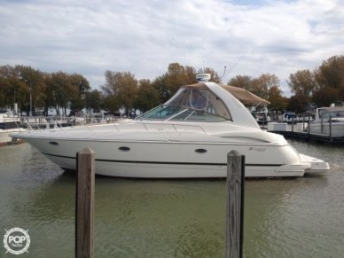 Cruisers 3672 Express, 36', for sale - $94,000