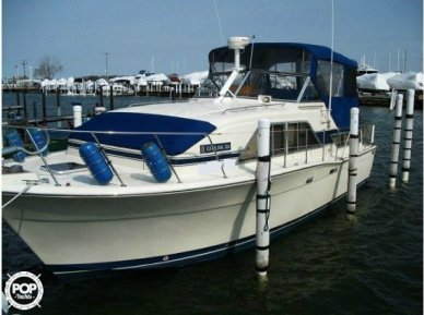 Chris-Craft Catalina 350, 35', for sale - $53,300