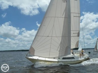 Newport 41, 41', for sale - $25,000