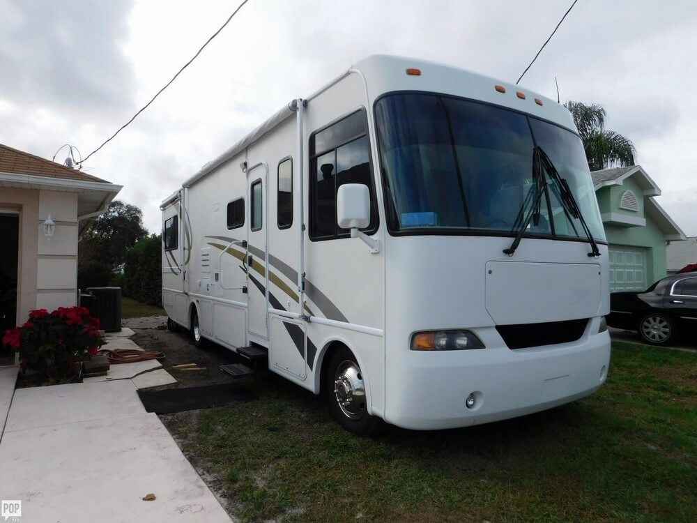 2610480L?2 search hurricane rvs for sale pop rvs 2000 Rexhall Aerbus at crackthecode.co