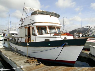 C & L Trawler 34, 34', for sale - $35,000